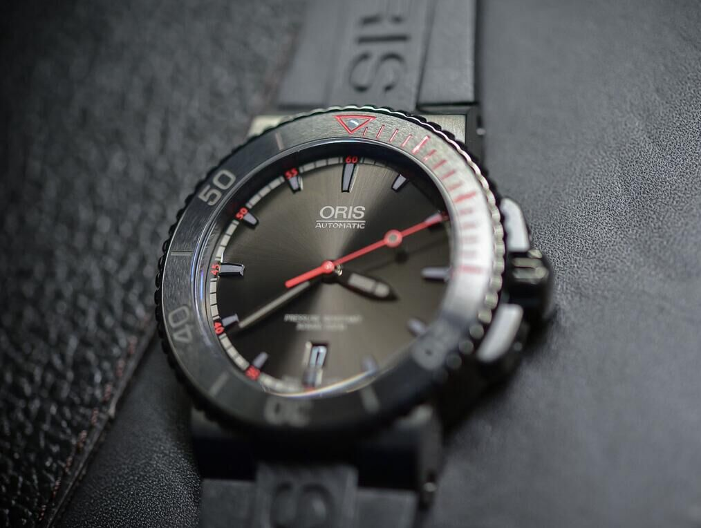Oris-El-Hierro-Limited-Edition