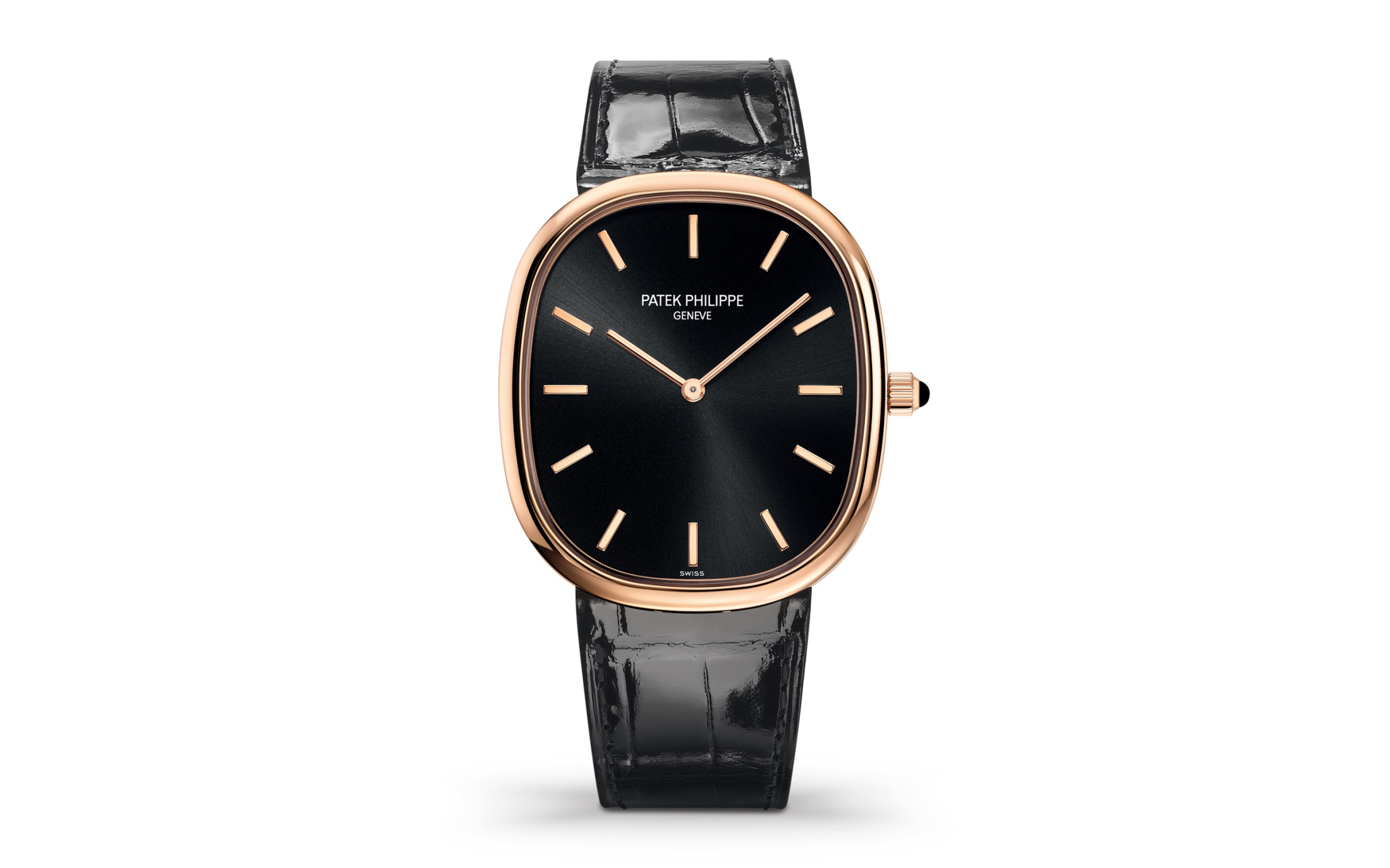 Gold hour markers fitted on the black dial make the watch fascinating.