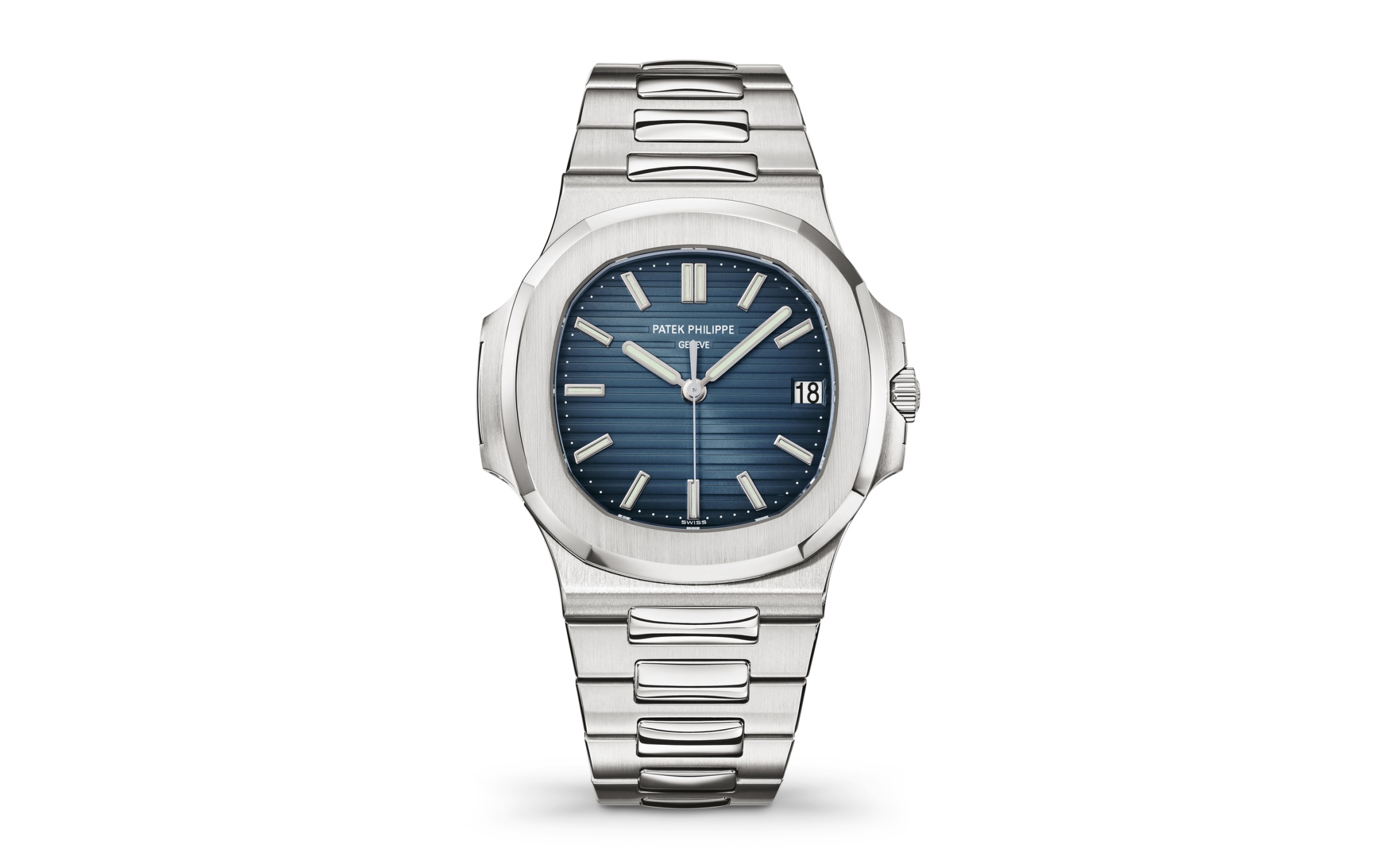 The accuracy has been perfectly guaranteed by the self-winding mechanical movement calibre 324 SC.