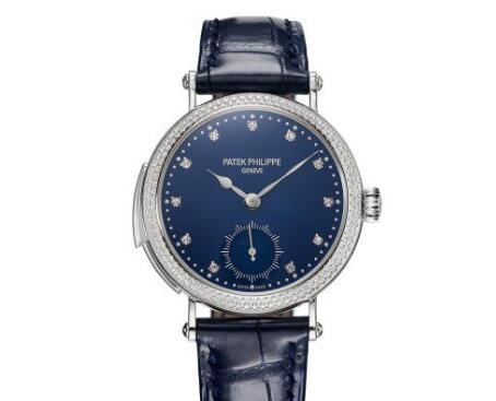 The diamonds set on the dial are just like the shiny stars on the blue sky.