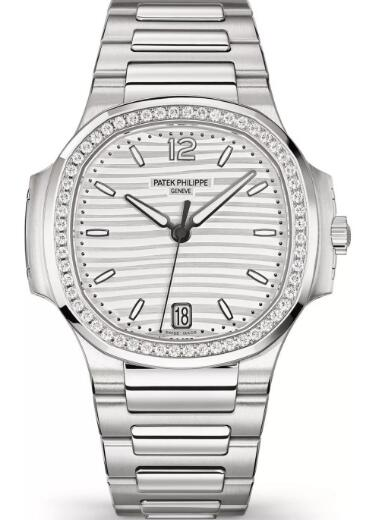 The Patek Philippe combines the sporty style with fashionable elegance well.